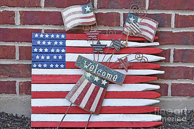 Design Turnpike Vintage Maps - Memorial Day Yard Decoration by Robert Tubesing