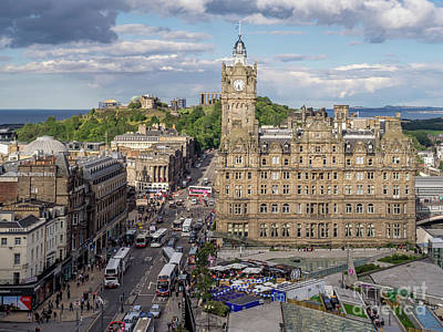 Photograph - Balmoral Hotel by Jeff Whyte