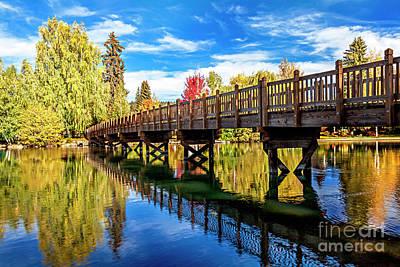 Photograph - Autumn Wall Decor at Drake Park Bend Oregon by David Millenheft