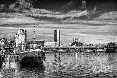 Photograph - Belfast Barge by Jim Orr