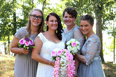 Train Photography - Bride with Attendants by Elaine Burlew
