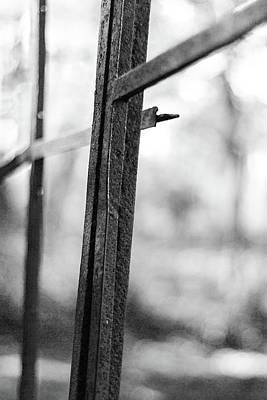 Photograph - Broken by Carl Simmerman