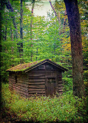 Landscapes Royalty-Free and Rights-Managed Images - Cabin 24 by David Beard