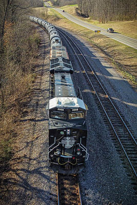 Rabbit Marcus The Great - Canadian National IC Heritage Unit 3008 waits for a signal at Murphysboro IL by Jim Pearson