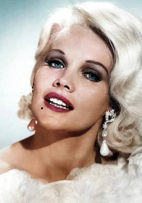 Peacock Feathers - Carroll Baker as Harlow by Stars on Art