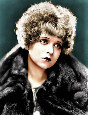 Peacock Feathers - Clara Bow colorized by Stars on Art