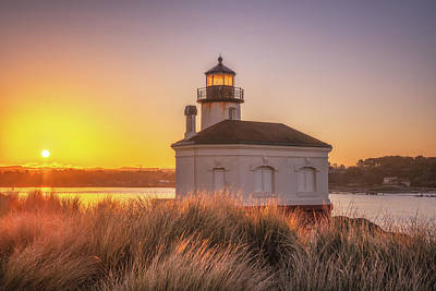 Royalty-Free and Rights-Managed Images - Coquille Sunrise by Darren White