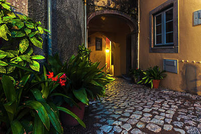 Everett Collection - Cosy Street by Evgeni Dinev
