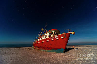 Water Droplets Sharon Johnstone - Donna Kay Shipwreck by Twenty Two North Photography