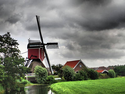 Christmas Christopher And Amanda Elwell - Dutch Windmill No 3 by David Smith