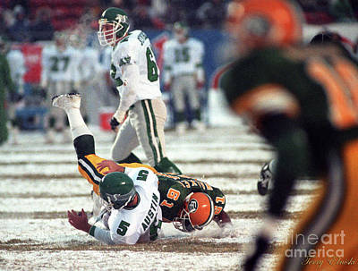 Christmas Cards - Edmonton Eskimos Football - Mike Walker - 1990 by Terry Elniski
