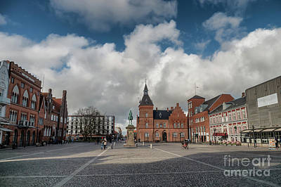 Wine Corks - Esbjerg city center main square with King Christian IX statue. D by Frank Bach