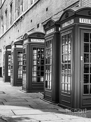 Leonardo Da Vinci - Famous London Phone booth by Micah May