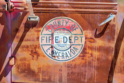 Farm Life Paintings Rob Moline - Fire Engine Patina  by James Marvin Phelps
