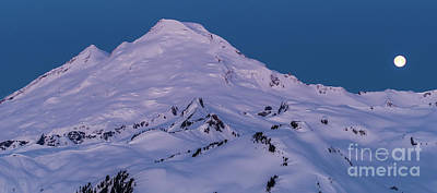 Royalty-Free and Rights-Managed Images - Full Moonset Over Mount Baker by Mike Reid