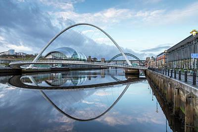 Photograph - Gateshead Millennium Bridge gq0070 by David Pringle