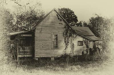 Photograph - Georgia Farmhouse by Ronald Broome