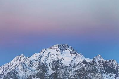 Royalty-Free and Rights-Managed Images - Getting ready for the sun  Pizzo Disgrazia, Italy  - snow covered mountain during daytime - Disgrazia, Buglio in Monte, Prowincja Sondrio, W?ochy by Julien