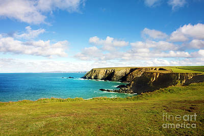 Classic Christmas Movies - Godrevy to St Agnes, The North Cornwall Coastline by Terri Waters