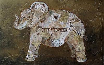 Animals Paintings - Henna Elephant by Shadia Derbyshire