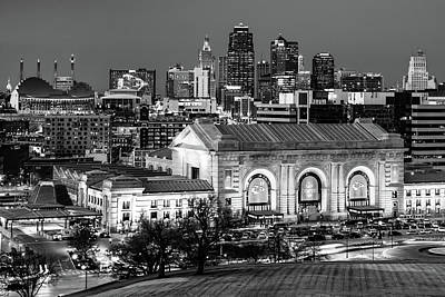 Queen - Kansas City Championship Skyline in Black and White by Gregory Ballos