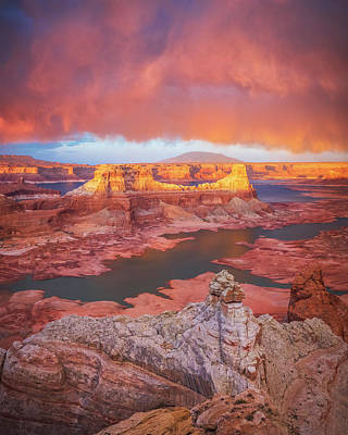 Royalty-Free and Rights-Managed Images - Lake Powell Good Light by Johnny Adolphson