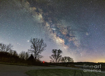 Photograph - Lake Side Milky Way by Willard Sharp
