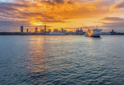 Photograph - Liverpool Sunrise and Shipping by David Wood