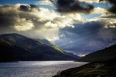 Design Turnpike Books Royalty Free Images - Loch Mullardoch Scotland Royalty-Free Image by Ian Good