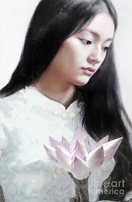 Marvelous Marble - Lotus Girl by Jacky Gerritsen