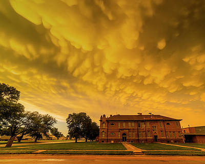 Photograph - Mammatus Clouds over Chester School Building by Art Whitton