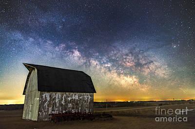 Photograph - Milky Way Barn by Willard Sharp