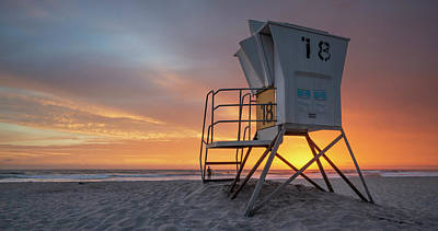 Photograph - Mission Beach Lifeguard Tower Sunset by William Dunigan