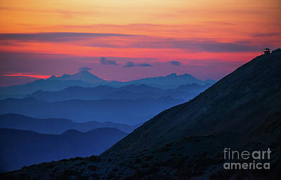 Thomas Kinkade Royalty Free Images - Mount Rainier Photography Fremont Lookout Sunset Layers Royalty-Free Image by Mike Reid