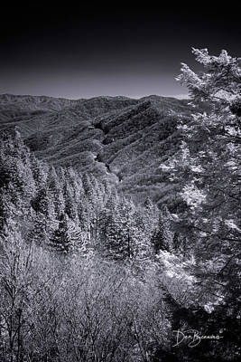 Dan Beauvais Royalty-Free and Rights-Managed Images - Newfound Gap 1085 by Dan Beauvais