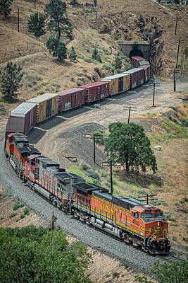 Studio Grafika Typography - NSF 4620 leads a mixed freight through the Tehachapi mountains by Jim Pearson