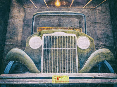 State Love Nancy Ingersoll Rights Managed Images - Old Car Mural Tucumcari NM Royalty-Free Image by Joan Carroll