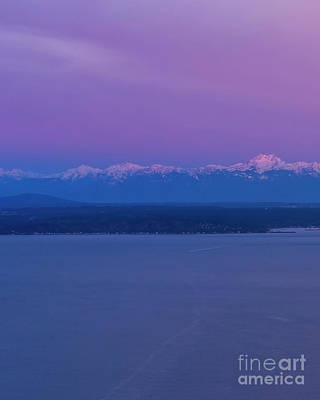 Outdoor Graphic Tees - Olympic Mountains Sunrise 1 by Mike Reid