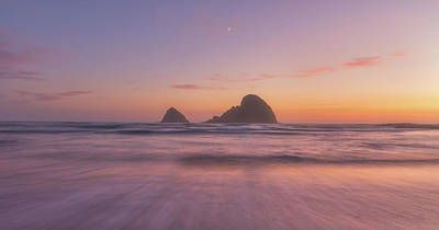 Royalty-Free and Rights-Managed Images - Oregon Moonset by Darren White