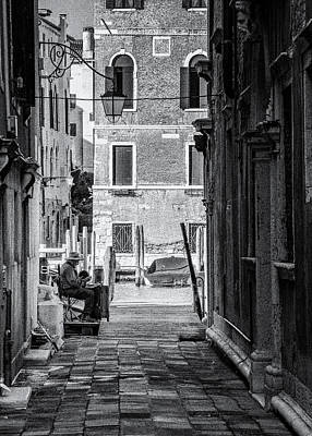 Photograph - Painter in Venice - street photography by Frank Andree