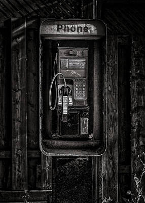 Studio Graphika Literature - Phone Booth No 28 by Brian Carson