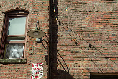 Target Threshold Nature - Pikes Market Alley by Doug LaRue