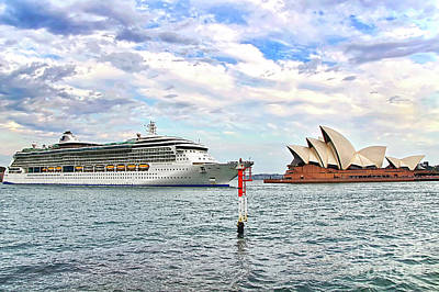Pop Art - Radiance of the Seas passing Opera House by Kaye Menner