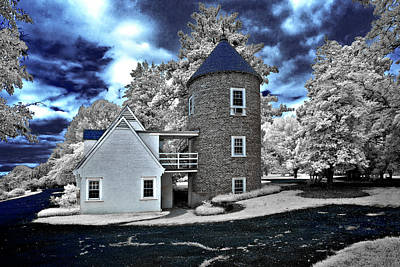 Photograph - Round House in Charlottesville by Anthony M Davis