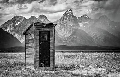 Classic Golf - Shelter in the Storm by Stephen Stookey