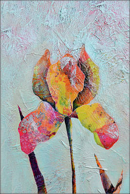Painting - Solo Iris II by Shadia Derbyshire