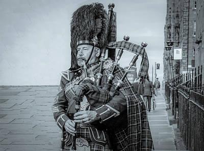 Mannequin Dresses - Son of Edinburgh, Black and White by Marcy Wielfaert