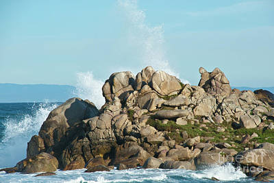 Airplane Paintings - Spray Break on the Rocks by Julieanne Case