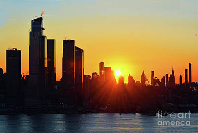 Modern Sophistication Line Drawings Royalty Free Images - Sun is Up over New York City Royalty-Free Image by Regina Geoghan