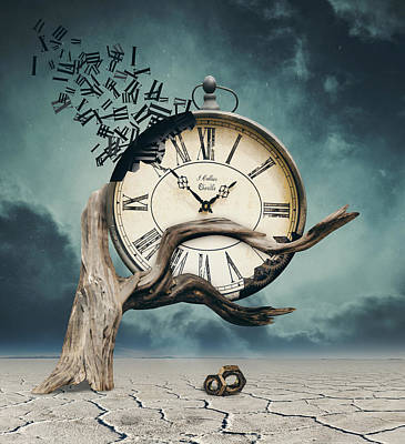 Surrealism Digital Art - Time is flying by Mihaela Pater